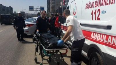 Çarptığı aracın sürücüsünü yaralı vaziyette bırakıp kaçtı