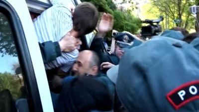 - Ermenistan'da 120 Gösterici Gözaltına Alındı - Ermenistan Cumhurbaşkanı Sarkisyan'dan Diyalog Çağrısı