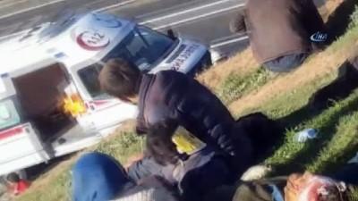 Kaçak göçmenleri taşıyan kamyonun devrildiği kazada ölü sayısı 2'e yükseldi