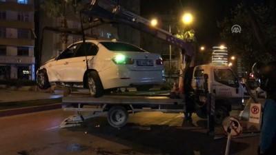 Kaza yaptıkları otomobili terk edip gittiler - ADANA