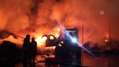 Kocaeli'de atık tesisinde yangın - KOCAELİ