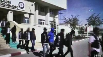 Uyuşturucu ticaretinden gözaltına alınan 12 kişiden 10'u tutuklandı