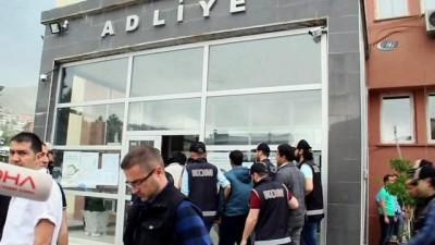 Hakkari'de FETÖ operasyonu: 9 tutuklama