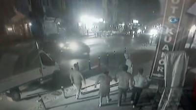 Mehmet Şanlı'nın sokakta dört kişi tarafından dövüldüğü anlar kamerada
