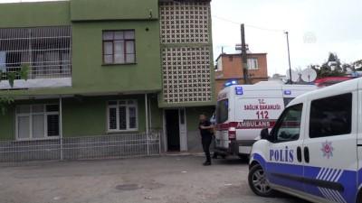 saglik ekibi - Adana'da şüpheli ölüm