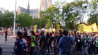 Avusturya'da İçişleri Bakanına protesto - VİYANA