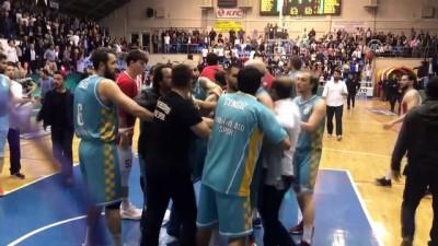 spor musabakasi - Basketbol maçında olaylar çıktı - EDİRNE