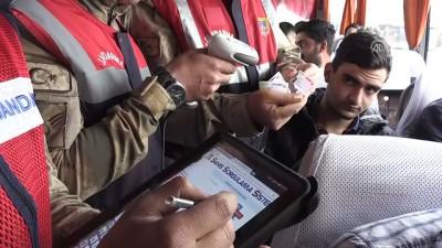 Jandarmadan 'barkod okuyucu cihazlı' uygulama - DİYARBAKIR
