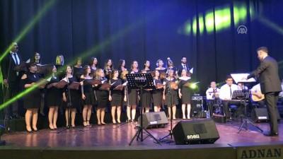 Onkoloji servisi korosu ilk konserini verdi - AYDIN