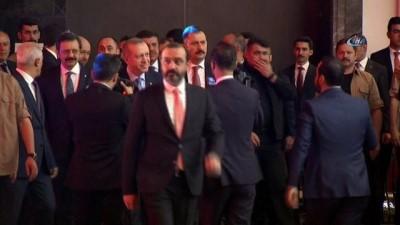 yurt disi -  Cumhurbaşkanı Erdoğan: 'Her kim yurtdışına para kaçırmaya çalışıyorsa onu affetmeyiz'