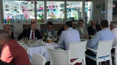 allah - Galatasaraylılar, başkanlarıyla yemekte bir araya geldi