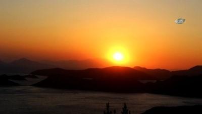 Marmaris'te gün batımı