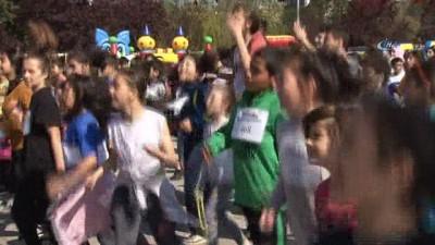 2'nci Beyoğlu Çocuk Koşusu'nun startını Başkan Demircan verdi