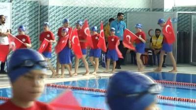 23 Nisan etkinlikleri kapsamında Arnavutköy'de su sporları festivali başladı