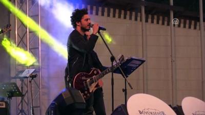23 Nisan kutlamaları - Şarkıcı Buray konseri - GAZİANTEP