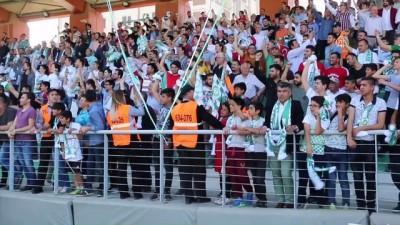 Manisa Büyükşehir Belediyespor kupasını aldı - MANİSA