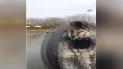 - Uçak göle çakıldı: 2 ölü