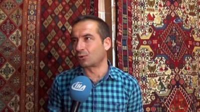 Hasankeyf'te son dokuma tezgahları