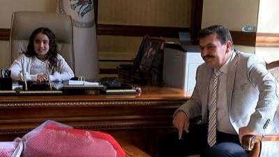 Küçük vali belediye başkanından park ve geri dönüşüm çalışması sözü aldı