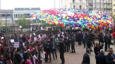 Yüksekova'da 23 bin mektup balonlarla gökyüzüne uçuruldu - HAKKARİ