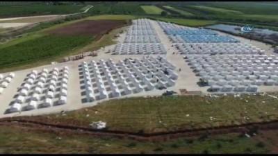 - Türkiye, Doğu Gutalı Mültecileri İçin Suriye'de Çadır Kamplar Kuruyor