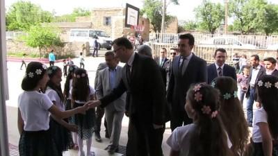 Köy okuluna kütüphane açma şartıyla uzlaştılar - MARDİN