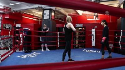 Amerikalı kadın boksör Hardy'nin yaşam ve kadın hakları mücadelesi - NEW YORK