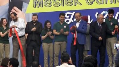 ozel universiteler -  Eğitim ve kariyerine yön vermek isteyenler Arnavutköy'de buluştu