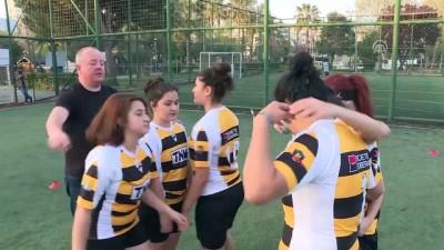 Kadıköy'ün ragbici kızlarının gözü şampiyonlukta - İSTANBUL