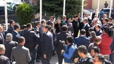 """Adalet Bakanı Gül: """"Avukatlar için avukat sınavının gelmesi gerekmektedir"""""""