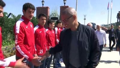 Alex, Altınordu Kulübünü ziyaret etti - İZMİR