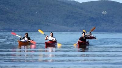 Anadolu Ajansı 98 yaşında - Kuruluş yıl dönümüne özel kano ve kürek sörfü - MUĞLA
