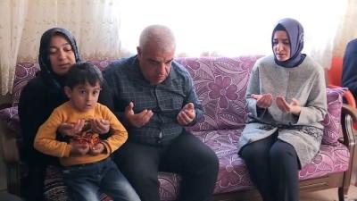 Bakan Kaya'dan şehit ailesine ziyaret - HATAY