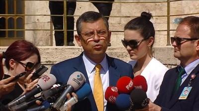 CHP Grup Başkanvekili Özgür Özel:'Kayyum atayanlar bugün de Meclis Başkanvekillerini kayyum atadılar. İsmail Kahraman geldi görevinden azlederek yerine geçti'