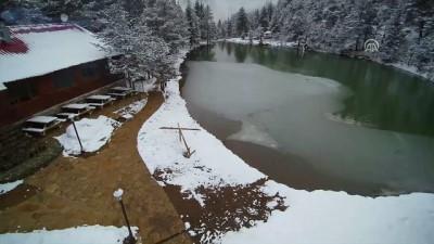 Limni Gölü'nde ilk baharda kar havadan görüntülendi - GÜMÜŞHANE