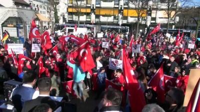 zeytin dali - Almanya'daki Türklerden terör karşıtı gösteri - WUPPERTAL