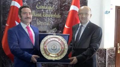 Başbakan Yardımcısı Fikri Işık: 'Eskişehir Osmangazi Üniversitesi'nde yaşanan olayın araştırılıyor, soruşturmanın sonunda bütün gerçeklerin ortaya çıkacağına inanıyorum'
