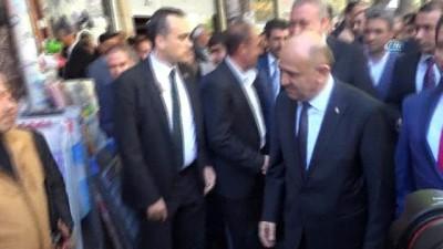 Başbakan Yardımcısı Işık, esnafı ziyaret etti