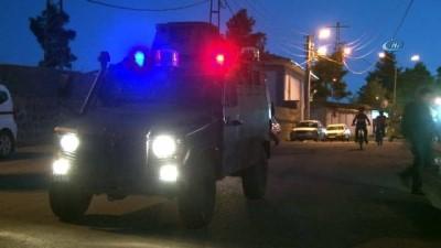 Polis girilmez denilen sokaklara girdi