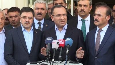 """Bozdağ: """"Türkiye'de tutuklu bulunan Yunanistanlı askerler takas konusu değildir"""" - YOZGAT"""