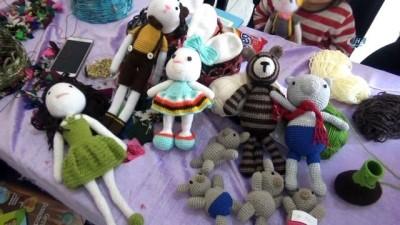 - Mahalle Konağı, Mardinli kadınların umudu oldu - Kadınların ürettikleri bez bebek ve yöresel ürünler yurtdışına satılmaya başlandı