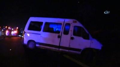 isci servisi -  Otomobil ile işçi servisi çarpıştı: 3'ü ağır 17 yaralı