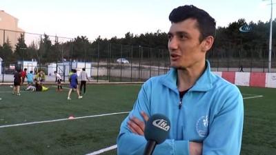 Türkiye şampiyonu takım, 10 yıllık formalarla mücadele ediyor