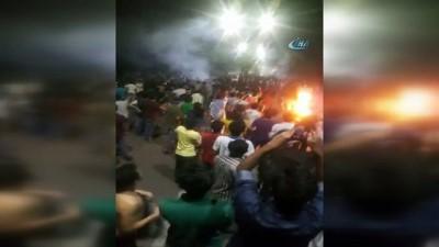 - Bangladeş'te Öğrenci Eylemine Polis Müdahalesi: 1 Ölü
