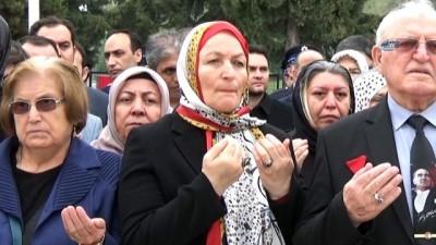 Bursa'da polislerden şehitlik ziyareti