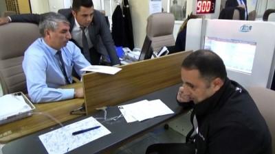 Nüfus müdürlüklerinde ehliyet ve pasaport yoğunluğu