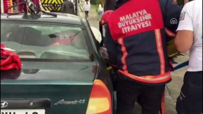 Öğrenci servisiyle otomobil çarpıştı: 1 ölü, 5 yaralı - MALATYA