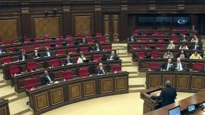 - Paşinyan başbakan seçilemedi