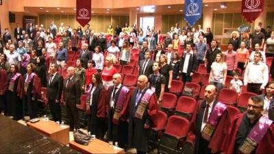 Anadolu Üniversitesi Açık Öğretim Fakültesi'nde dereceye giren öğrencilere başarı belgeleri takdim edildi