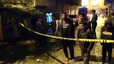 Diyarbakır'da 5 katlı binada çökme tehlikesi